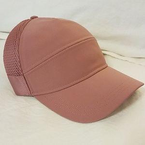 NWOT Lululemon hat